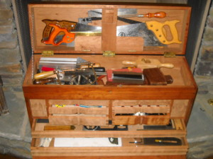 cherry tool box front view open 01